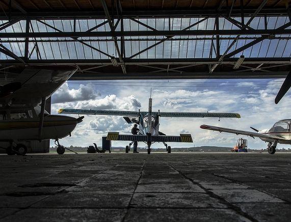 8734691_pzlokecie-104-wilga-35-spfww-epkr-krosno-hangar.jpg