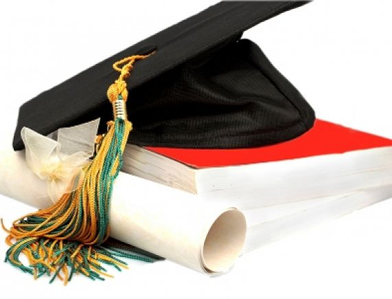 czapka, dyplom.jpg